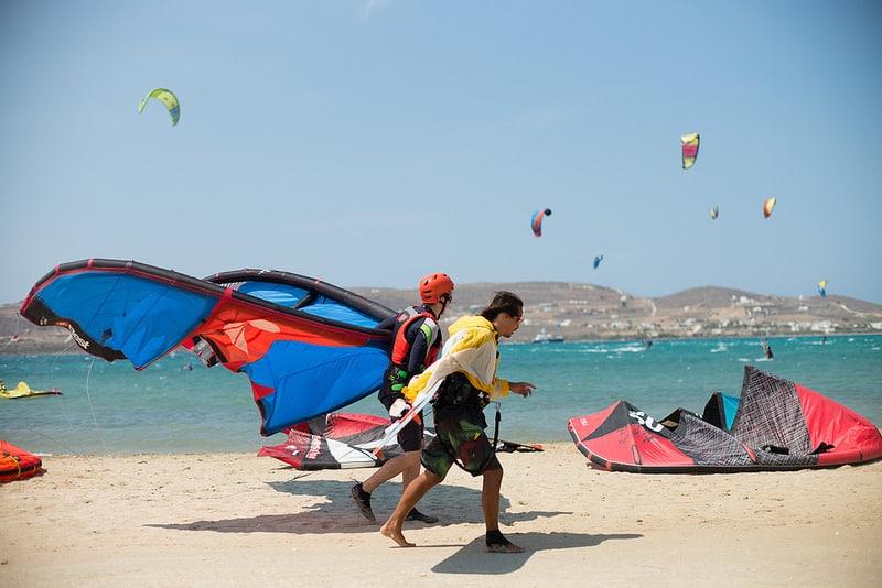 Kitesurf à Paros, en Grèce