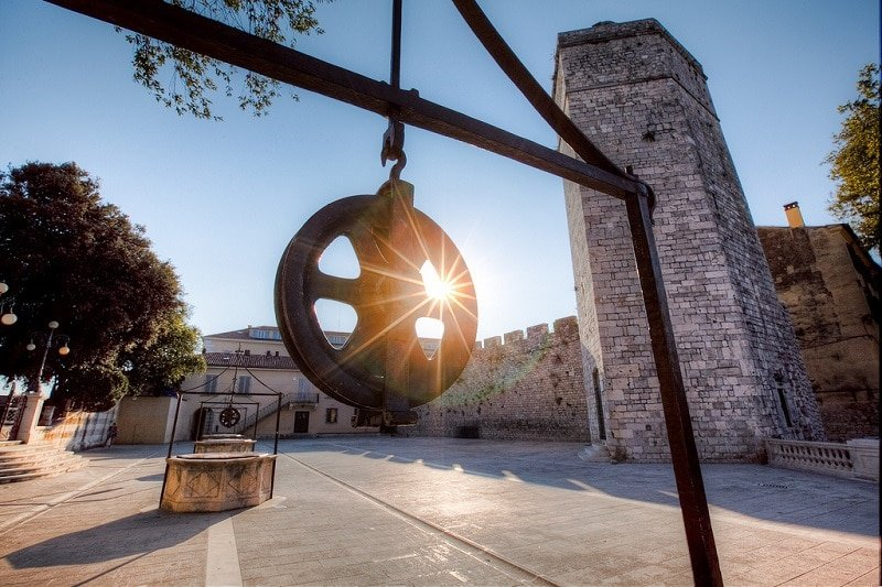 Port, loger à Zadar