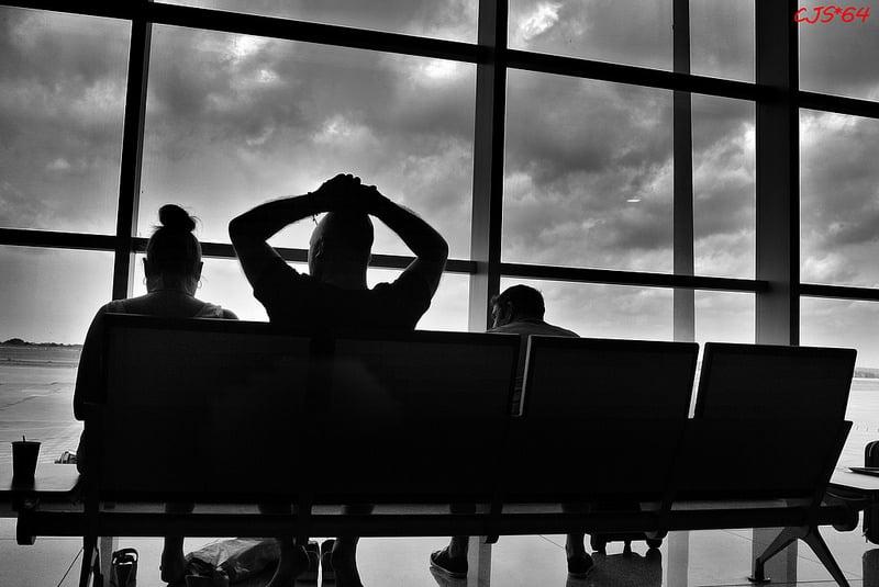 Retard vol, attente à l'aéroport