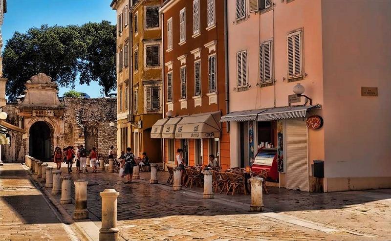 Vieux-centre, loger à Zadar