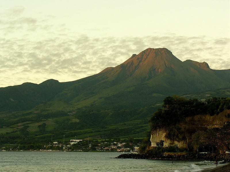 Montagne Pelée, loger à la Martinique