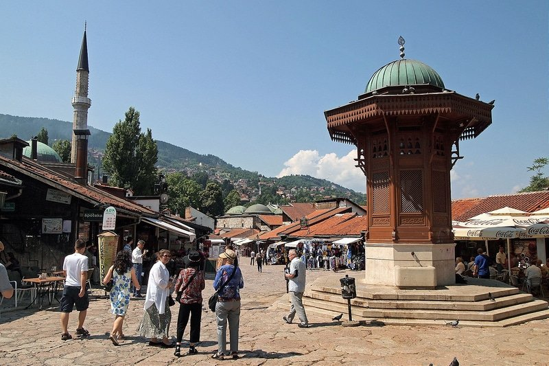 Loger dans le quartier Bascarsija à Sarajevo