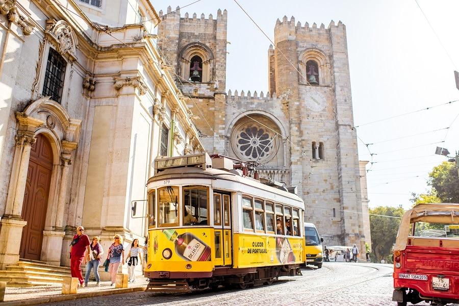 Louer une voiture à Lisbonne