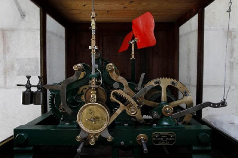 Mécanisme de l'horloge de l'arc Rua Augusta à Lisbonne