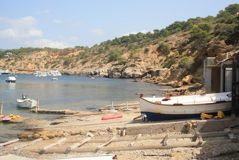 Porroig, Loger à Ibiza
