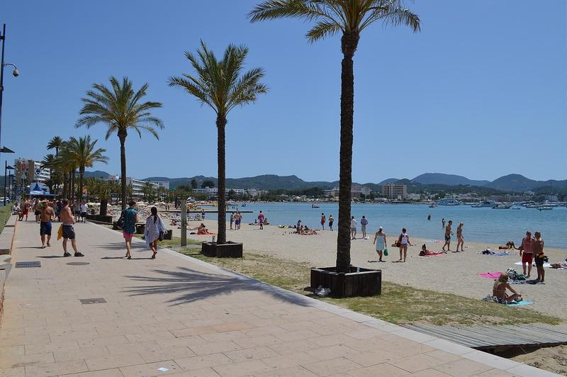 Sant Antoni De Portmany, Loger à Ibiza