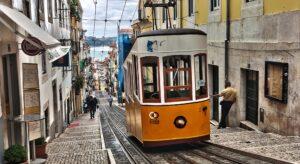 Transports à Lisbonne, se déplacer en bus, métro, tramway, train