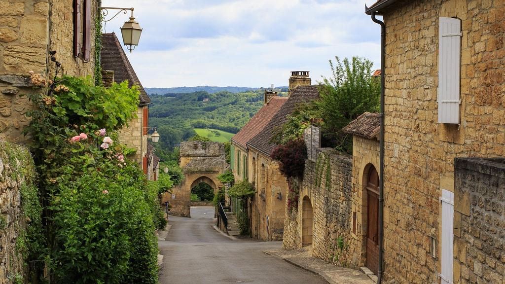 Village France 1, Domme