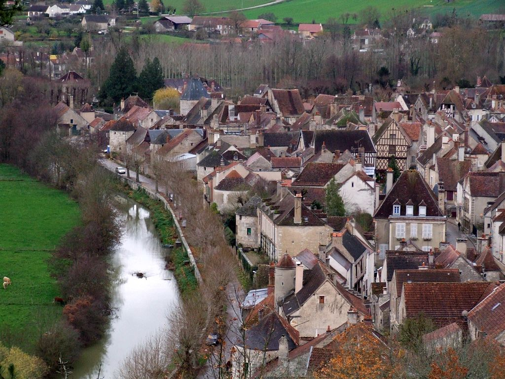 Village France 20, Noyers Sur Serein