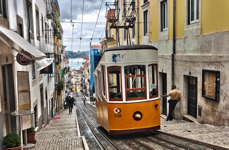 Weekend à Lisbonne, Transport