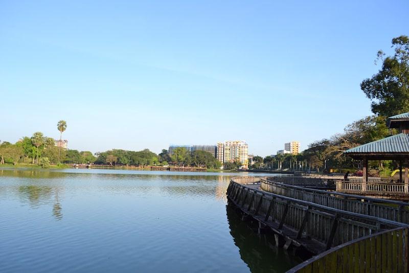 Loger à Rangoun, Parc Bogyoke
