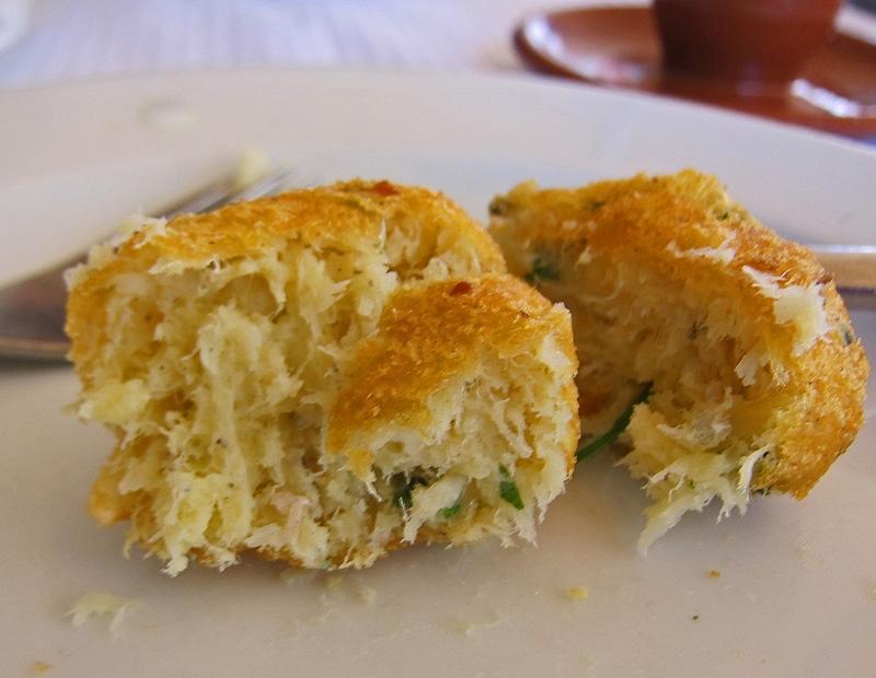 Pasteis de bacalhau, spécialité de Lisbonne