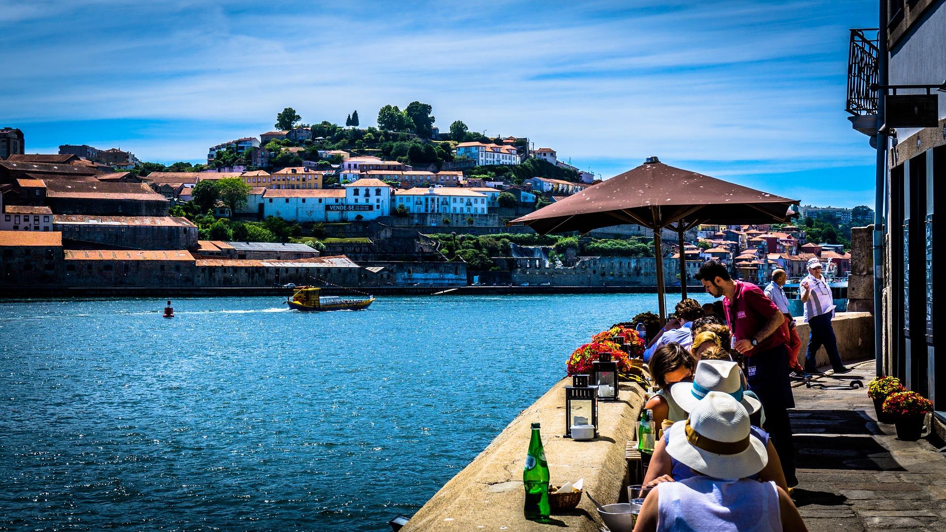 5 jours à Porto pour un séjour détente à 160€ tout compris (Vol+Hôtel+Voiture) !
