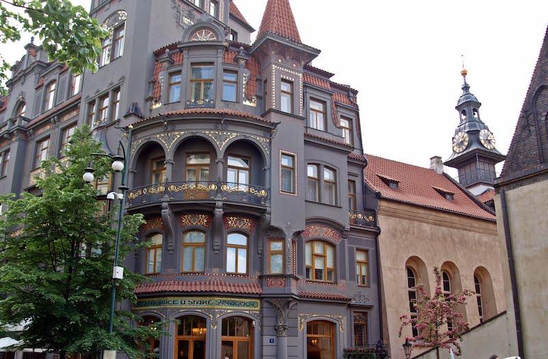 Visiter quartier juif Prague, Facade