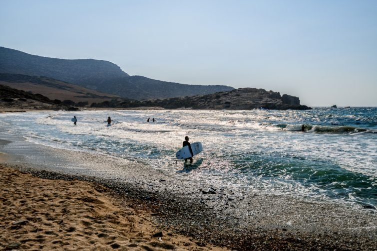 Surf dans les Cyclades, Antiparos