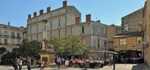 Salons de thé, bars à chats, cafés littéraires… les 6 bonnes adresses du moment sur Bordeaux !