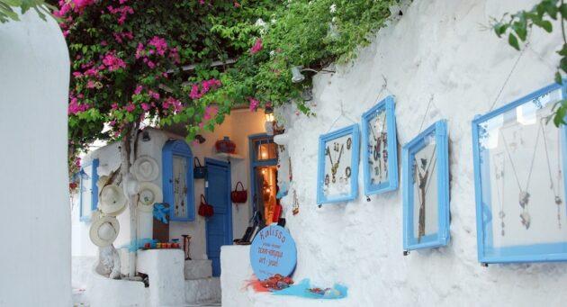 Dans quel quartier loger à Mykonos ?