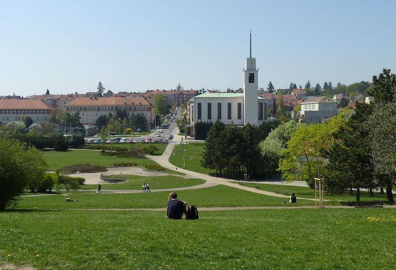 Loger à Brno, Kravi Hora