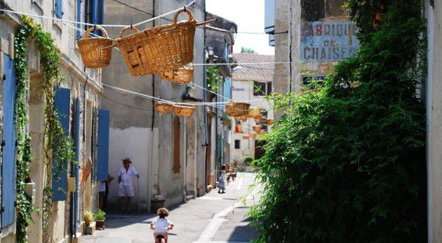 Vallabrègues, entre Provence et Languedoc, le pays des vanniers