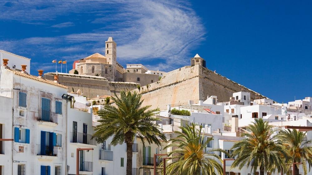 Nouvel An 2019 à Ibiza: 241€ seulement avec vols A/R + 5 nuits dans une villa