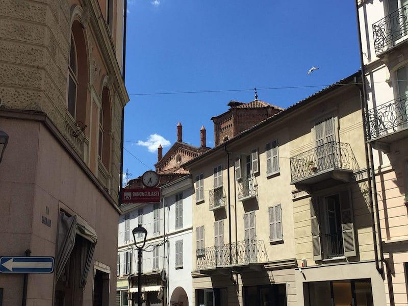 Loger à Asti, Ville