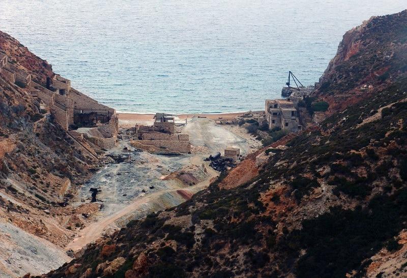 Anciennes mines de soufre, Milos