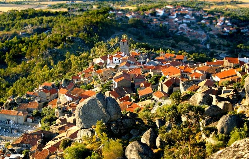 Les plus beaux endroits à visiter au Portugal, Monsanto
