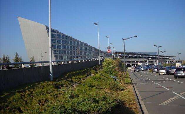Trouver un parking pas cher à l'aéroport de Lille – Lesquin
