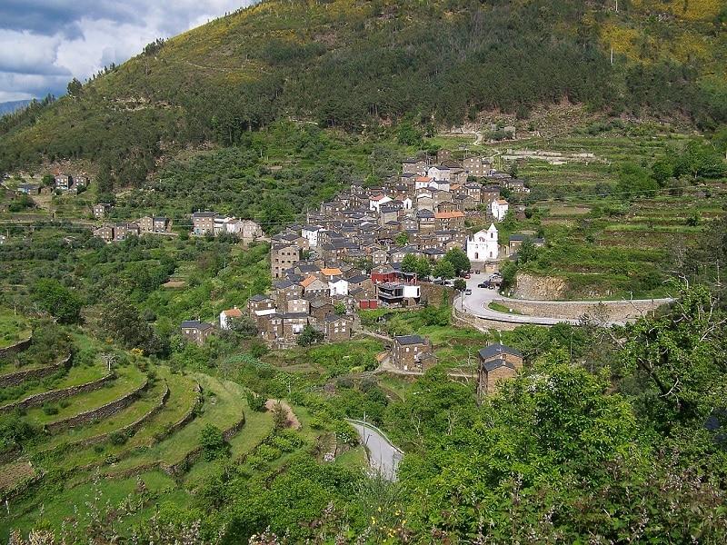 Les plus beaux endroits à visiter au Portugal, Le village de Piódão
