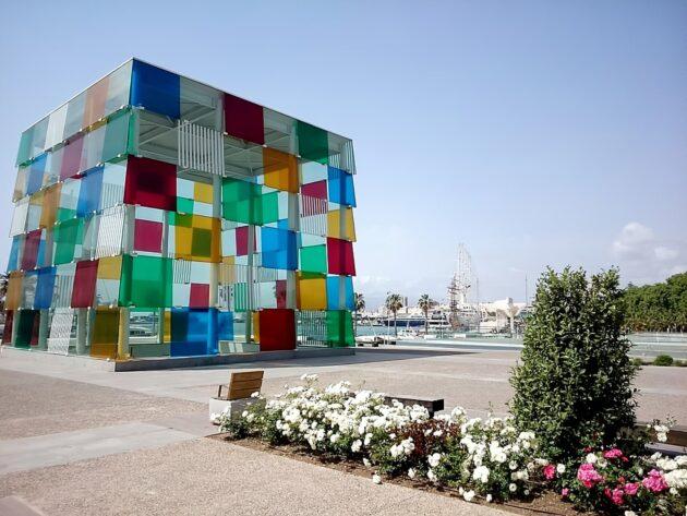 Location de voiture à Malaga : conseils, tarifs, itinéraires