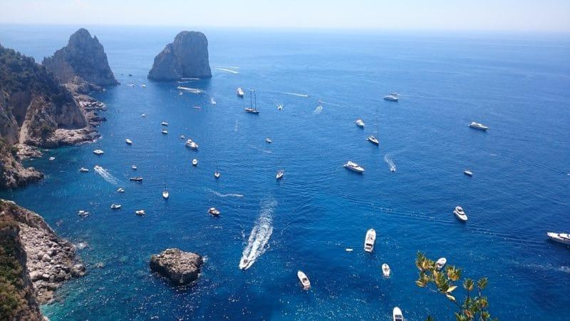 Visiter Capri, Faraglioni