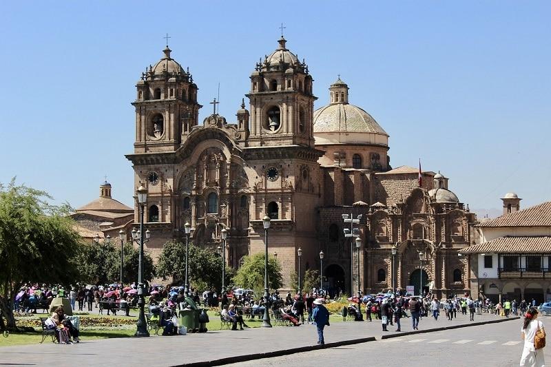 Visiter Cuzco, place d'armes
