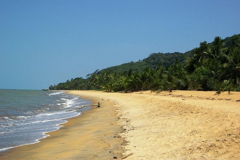 Plage de Remire-Montjoly, Guyane