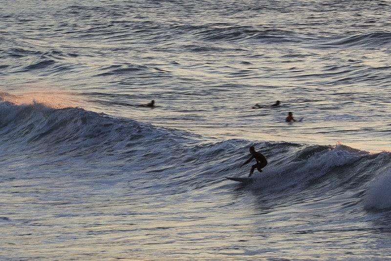 Faire du surf à Zurriola, San Sebastian