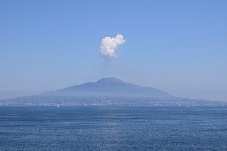 Vésuve, Naples