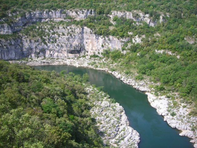 21 sites où faire du canoë-kayak en Ardèche