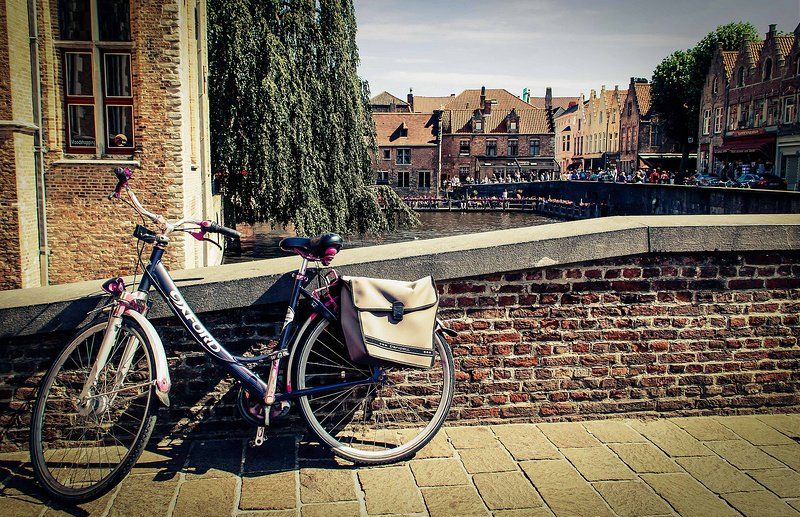 Rent a bike in Bruges