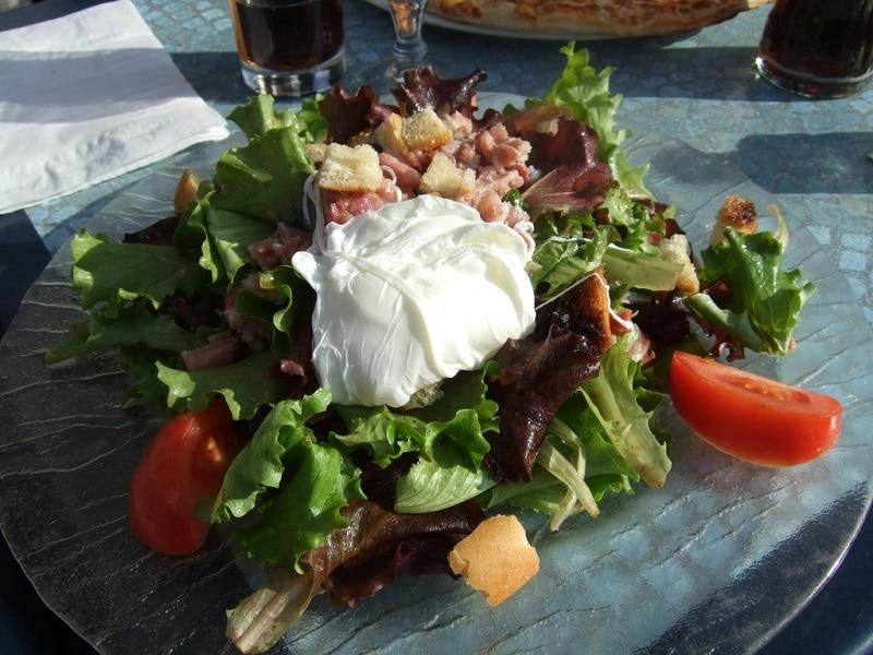 Entrée, Salade Lyonnaise