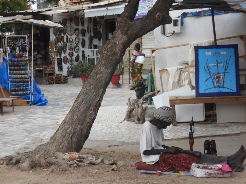 Marché Soumbédioune, La Média, Dakar