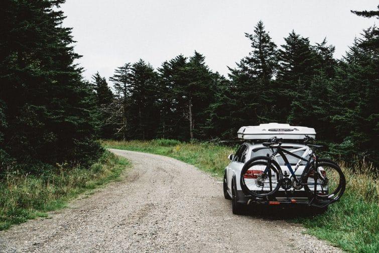 Porte-vélo sur la voiture