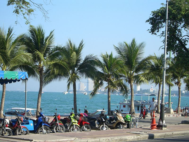 Beach road, Pattaya
