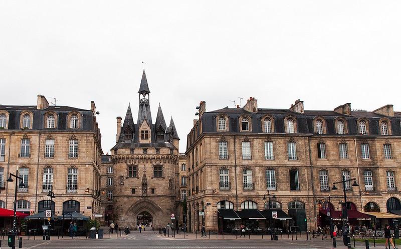 Porte de la Grosse Cloche, Bordeaux
