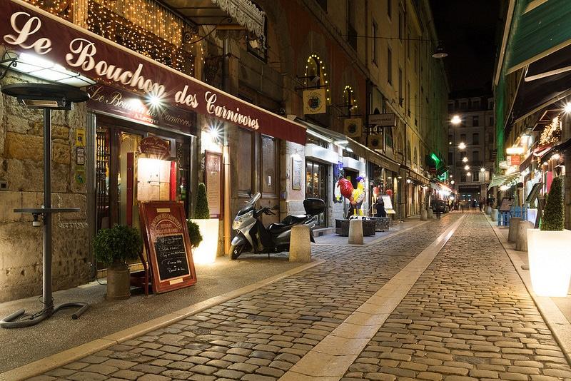 Bouchon lyonnais, Lyon