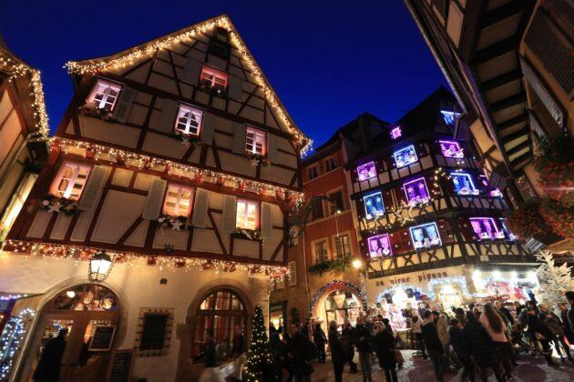 Marchés de Noël en Alsace : 4 jours à 231€ par personne (vols A/R + hébergement + voiture de location)