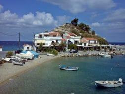 Dans quelle ville loger à Samos ?