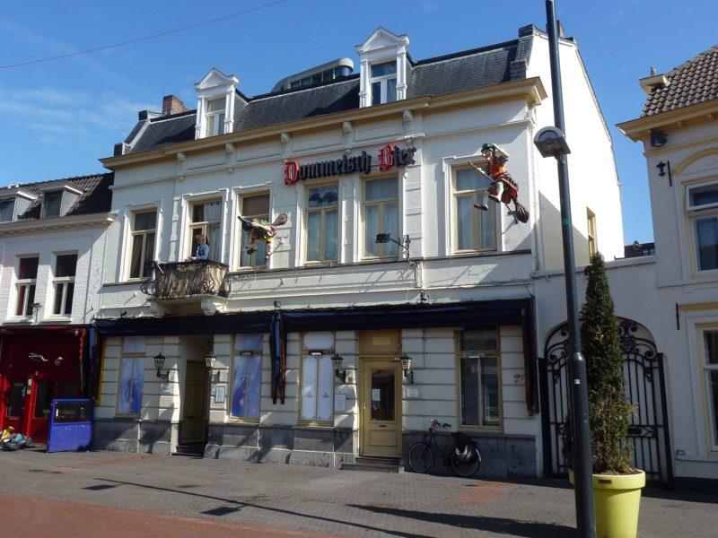 Bar, Stratumseind, Eindhoven, Bergen