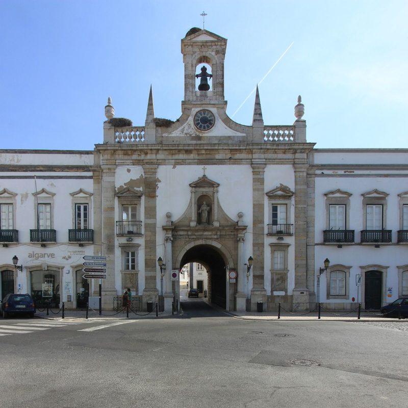 Eglise Acro da Vila, Faro