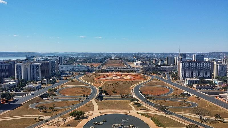 Eixo Monumental, Brasilia
