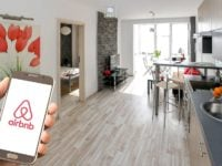 Estimer mes revenus Airbnb : quels montants espérer avec ma location ?