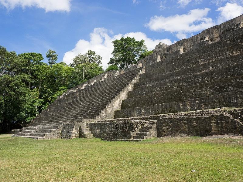 Site maya de Caracol au Belize
